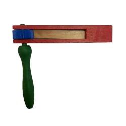 Osterratsche rot - einfach mit blauem Zahnrad